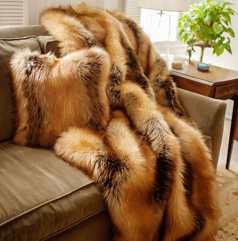 Red Fox Limited Edition Throw - Fabulous Furs