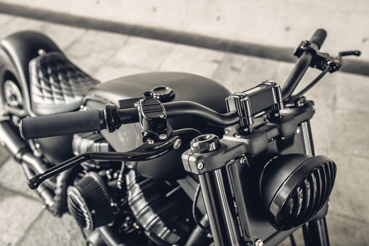 ROUGH CRAFTS Finned Risers for M8 softails
