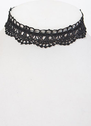 Lace Choker in Black