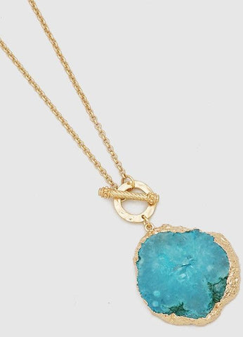 Agate Toggle Necklace in Turquoise