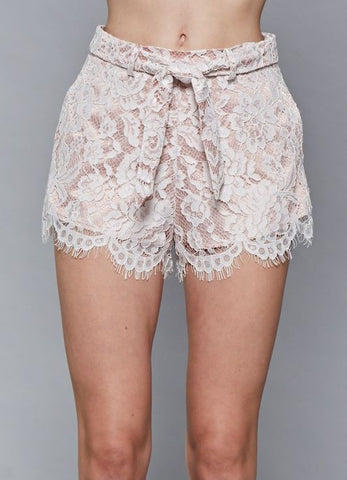 Lace Waist Tie Shorts with Scallop Edge and Pockets in White