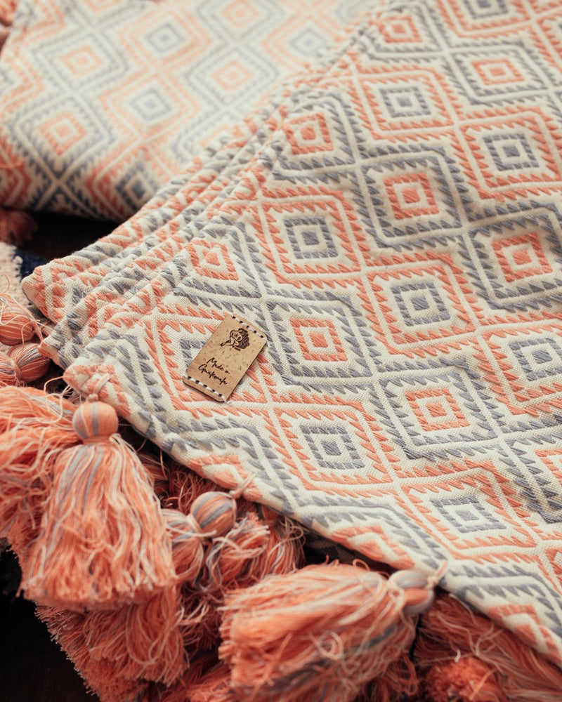 Closeup of Story of Source Chile Verde Throws
