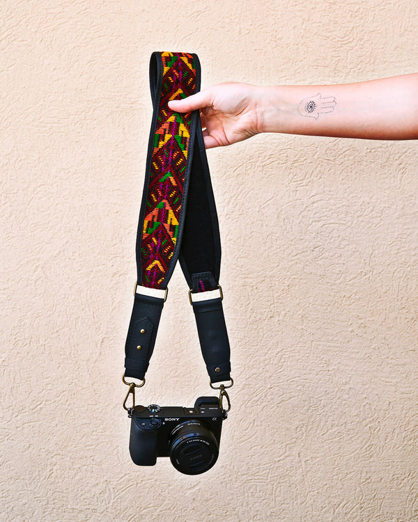 Story of Source Faja Shoulder Strap Kaleidoscope Vivid