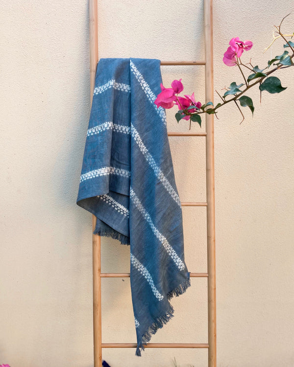 Story of Source Tensira Grey Tie & Dye cotton throw