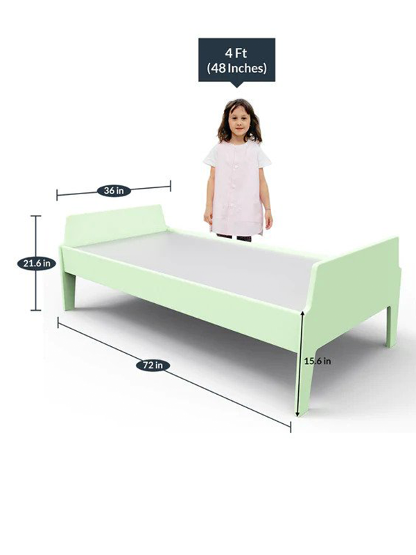 Pellegrino Panel Bed in Green