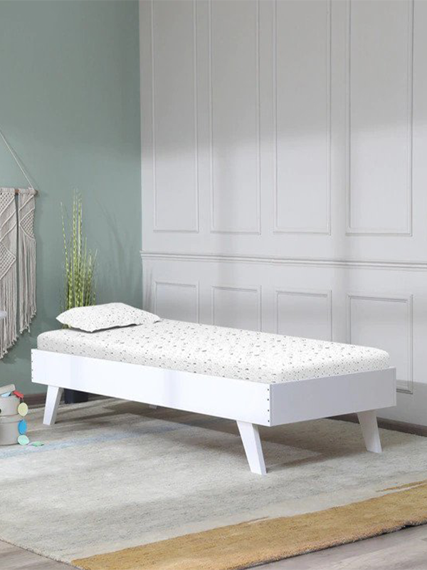 Offerman Birch Wood Bed in White