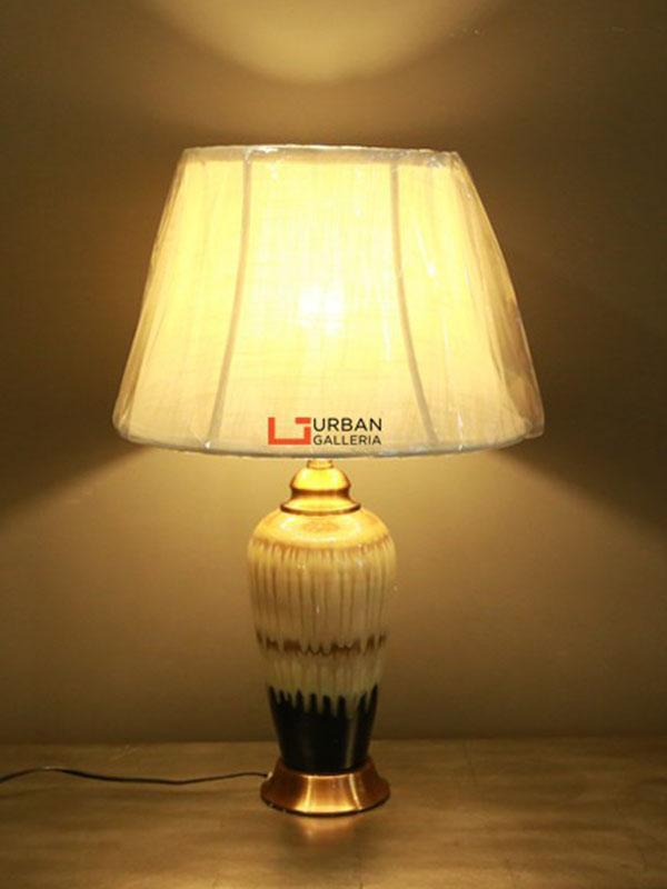 Dihlon Table Lamp