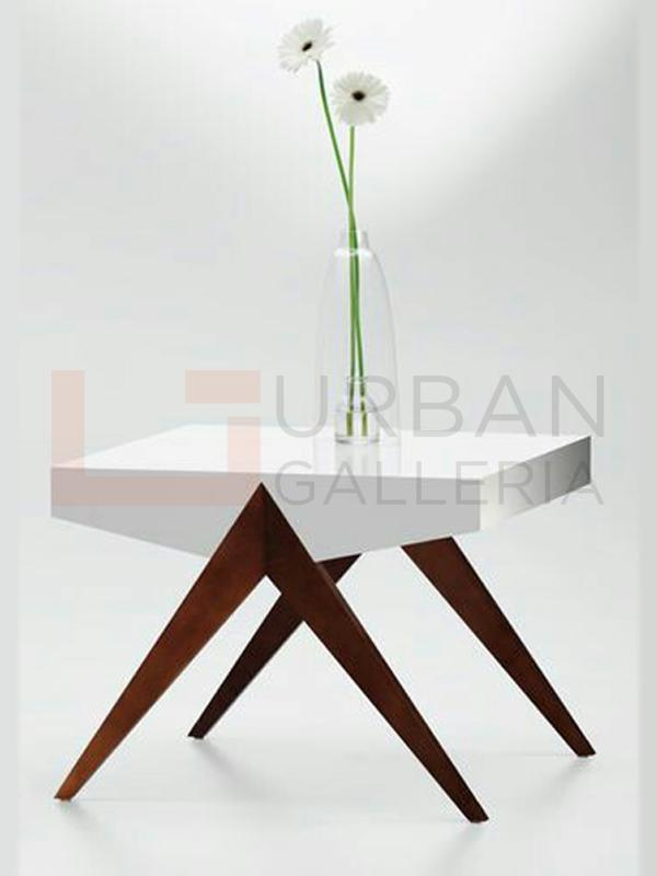 Lithgaw Bedroom Coffee Table