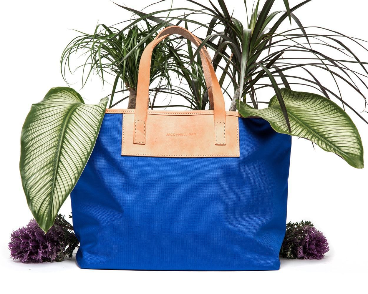 The Pablo Tote's Newest Colors