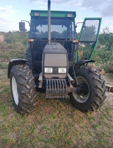 VALTRA 800 , YEAR 2005 , 4700 HOURS