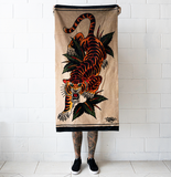 'Blue Arms Crawling Tiger' Towel