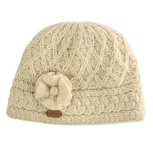 Load image into Gallery viewer, Aran Trellis Hat w/ Flower Pin