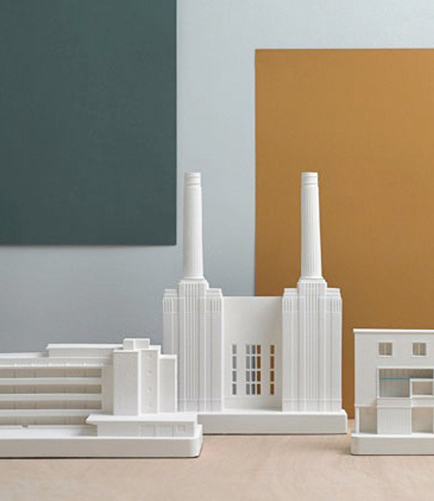 Chisel & Mouse - Whitechapel Art Gallery Model-DEVOTEDTO