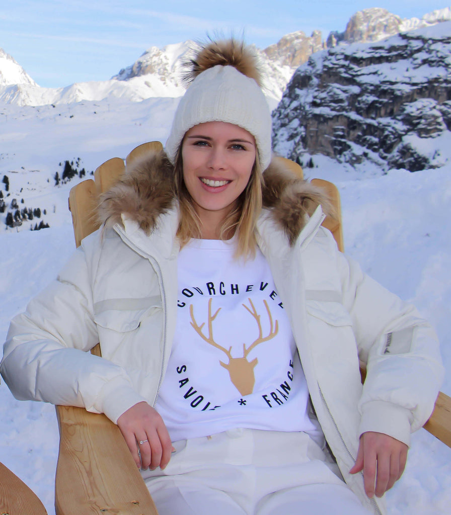 sweatshirt Courchevel - pull courchevel - cerf brodé - sweat brodé - courchevel savoie france- kaipih x courchevel - broderie française - coton bio - mode éthique - made in france