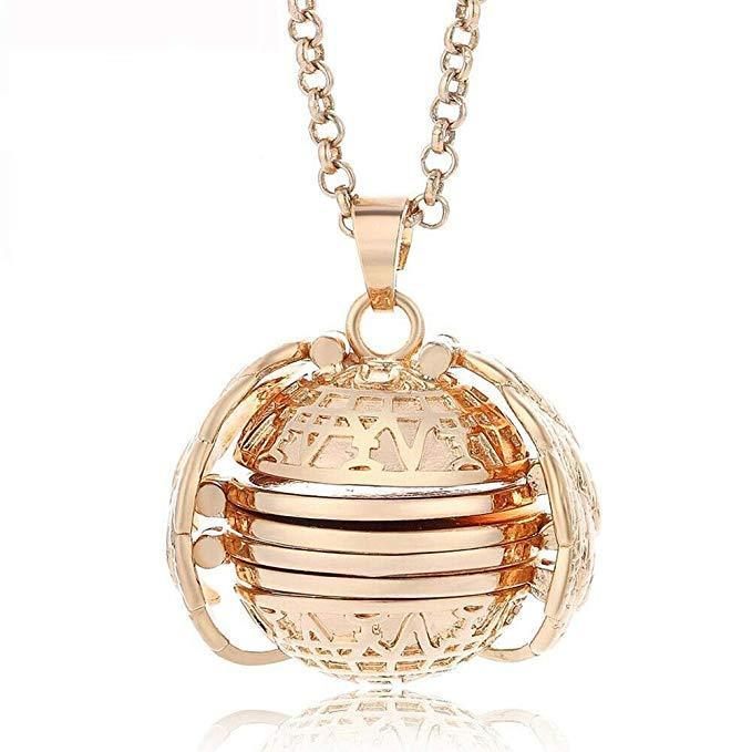 50% OFF TODAY-Expanding Pendant Photo Necklace
