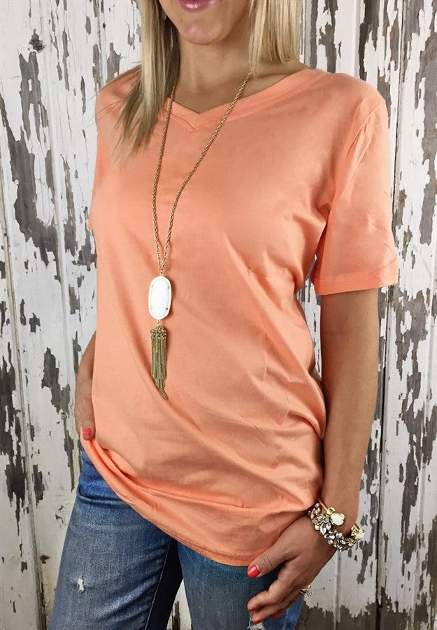 BEST SELLING!! RELAXED FIT BOYFRIEND V-NECK TEE
