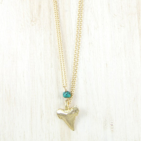 Ettika Shark's Tooth Pendant Charm Chain Necklace