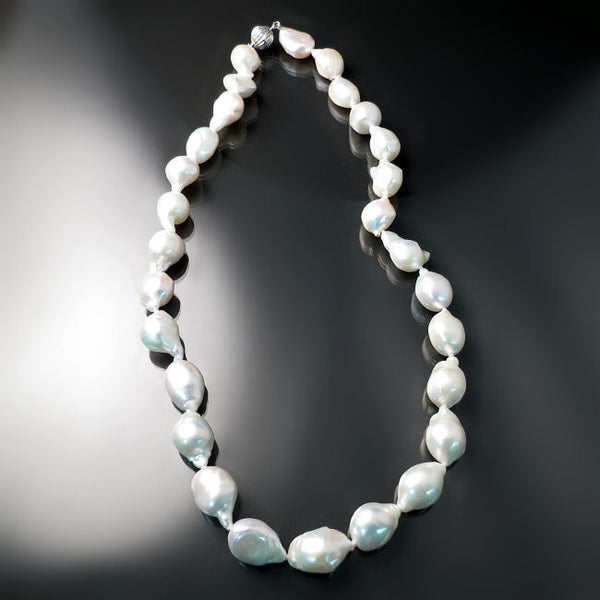 Baroque White Pearls Necklace modern pearl jewelry