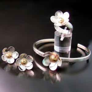 Daisy Jewelry Flower Ring Earrings Bracelet Silver Gold