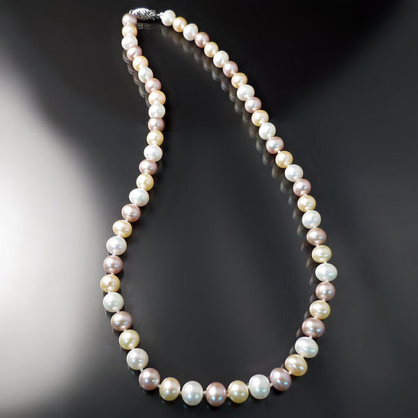 Pink Peach White Pearl Necklace