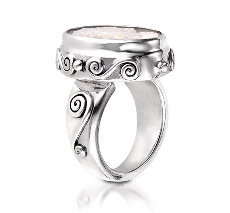 Sterling Silver Small Cameo Ring (1158MOP)