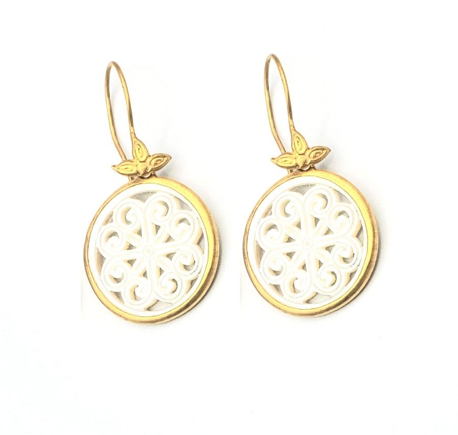 18k Gold Vermeil White Mother of Pearl Earrings (EL018)