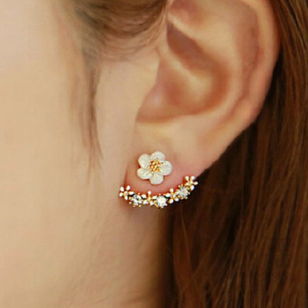 Earlobe Hugged Earrings