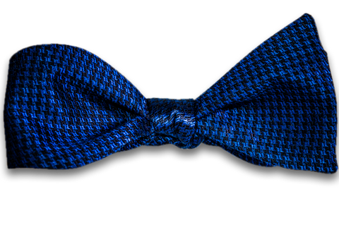Cosimo - Blue and Black Silk Self Tie Bow Tie Woven in a Small Houndstooth Pattern