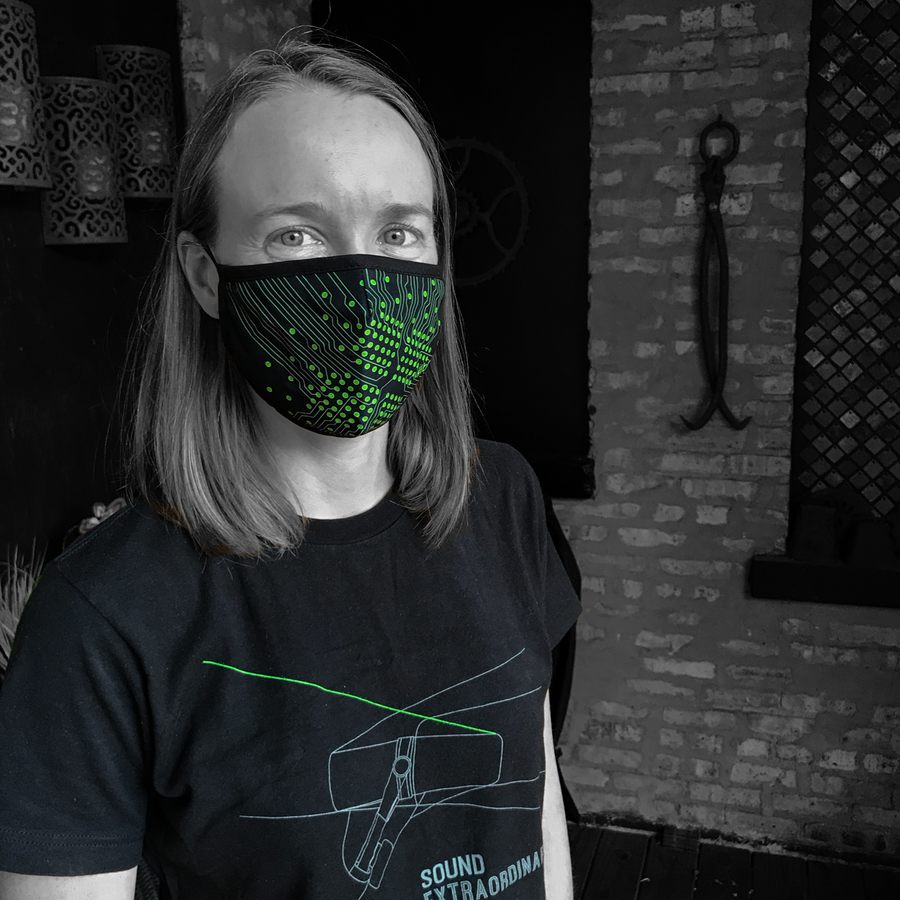 Signal Path Performance Mask on audio engineer at ridebackwards.com. Lightweight, moisture-wicking and quick-drying. Internal pocket for additional PM2.5 filter.