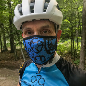 Chainring Performance X mask, exercise mask on biker, lightweight, moisture-wicking and quick-drying at ridebackwards.com