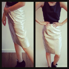 high waist lamb's leather skirt with metallic finishing