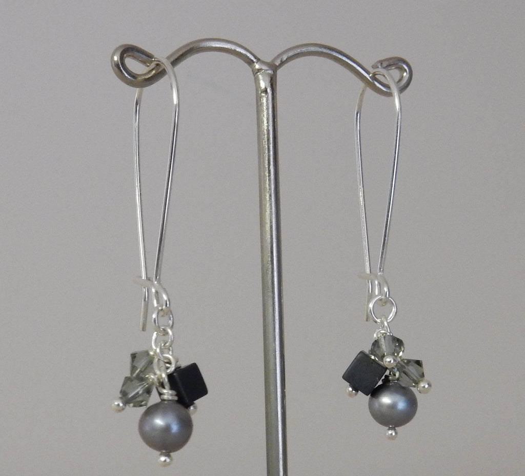 Pearl Cluster Drop Earrings