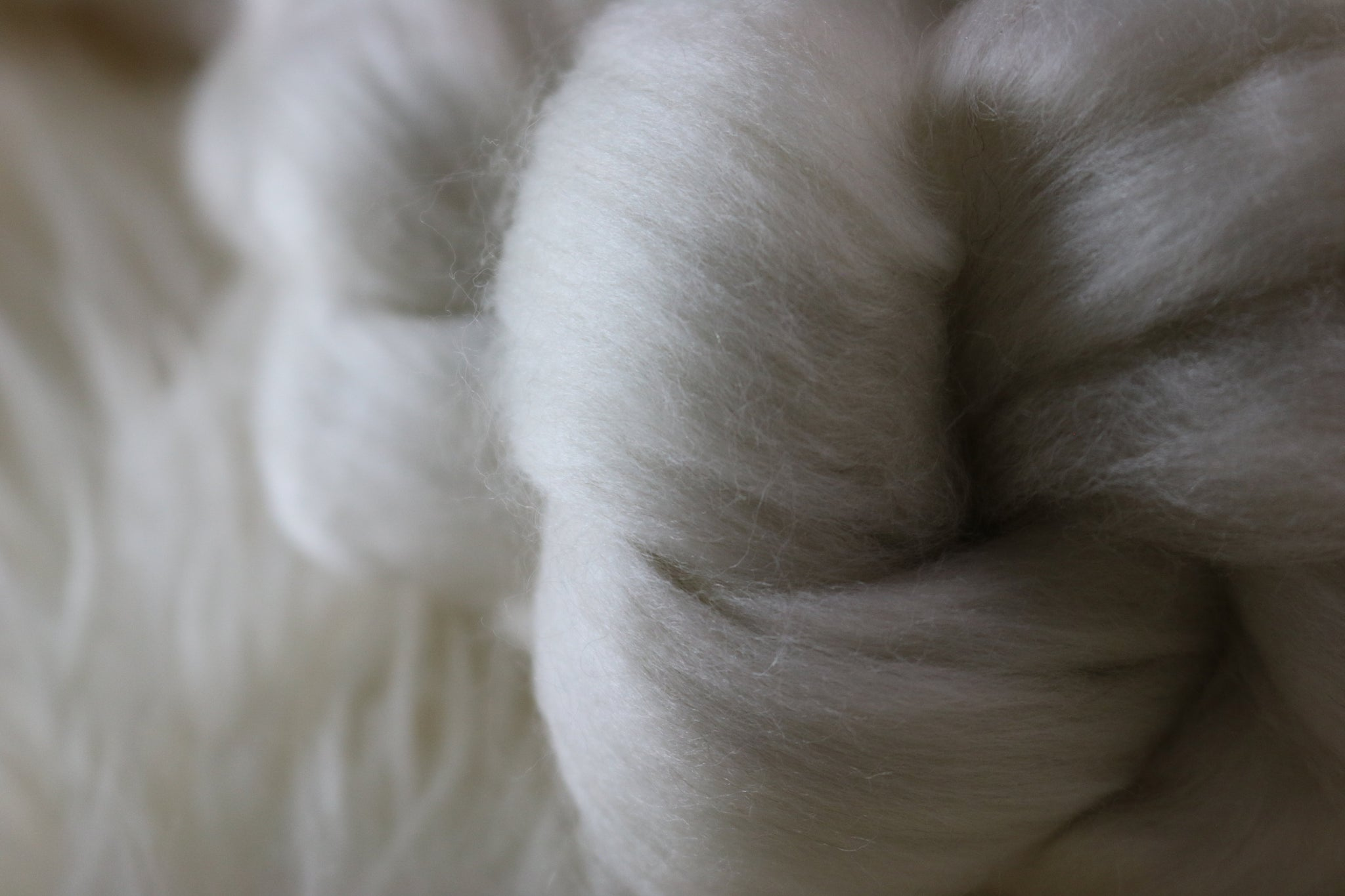 Naked Merino Cashmere Top Braid - natural white merino wool roving