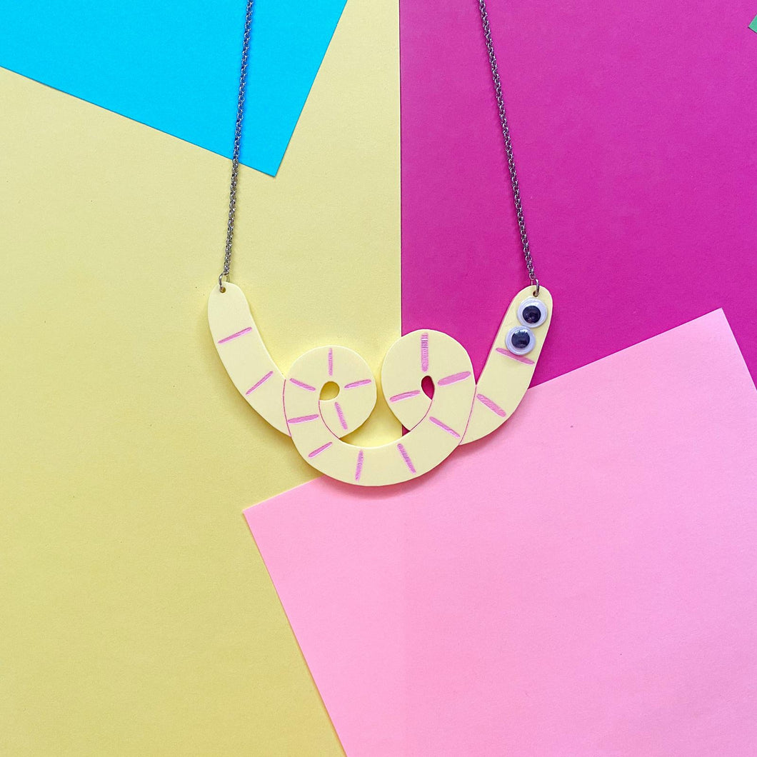 Yellow squiggle-shaped Werm necklace