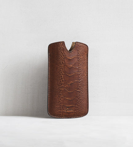 iPhone cover in ostrich - cognac