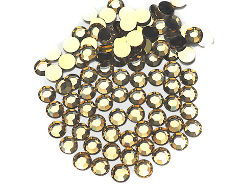 Crystal Amber Blonde, Preciosa 8-faceted Chaton Roses Article 438-11-110 (8-ft Rhinestone Flatbacks), Genuine Czech Crystals, bottom aurum gold coated