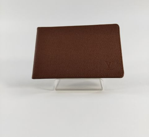 Louis Vuitton One Point Logo Card Holder