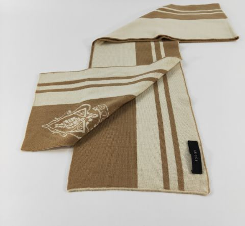Gucci Knight Crest Logo Beige/Brown Scarf