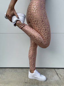 Chilling Cheetah Leggings-Liz + Lee Boutique
