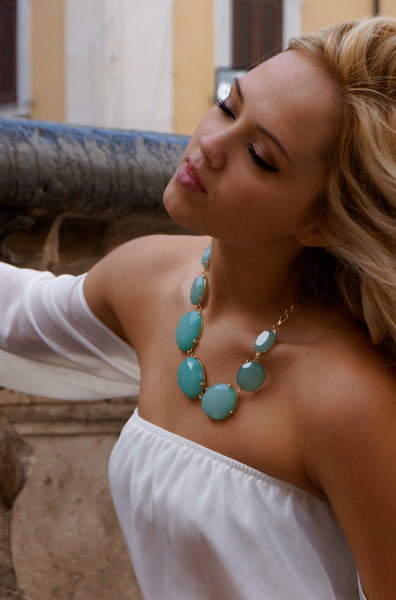 Minty Statement Necklace
