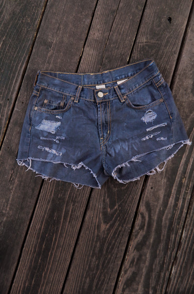 Lucky Jeans Distroyed Cut-Offs