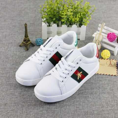 New Summer Leather Embroidered Shoes for Small Bees 16836
