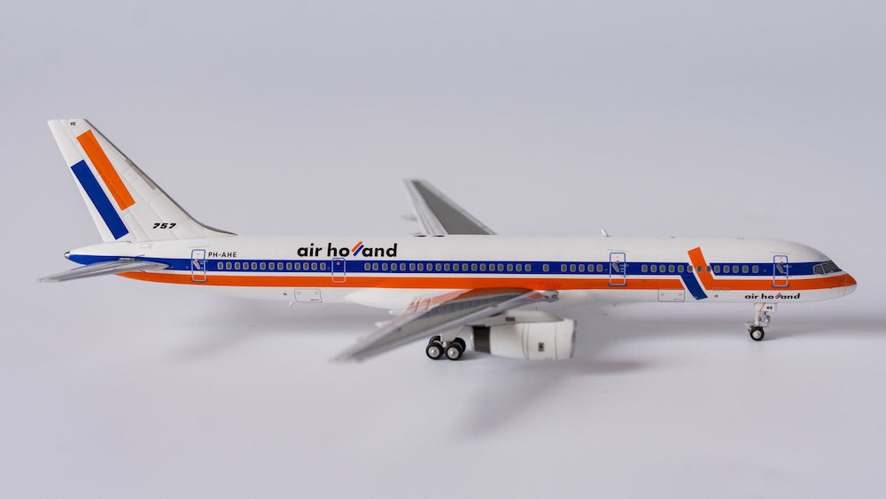 1:400 NG AIR HOLLAND 757-200	PH-AHE