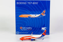 Load image into Gallery viewer, 1:400 NG SUN COUNTRY B737-800/w  N830SY <n/c>