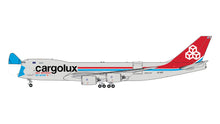 "Load image into Gallery viewer, 1:400 GEMINI JETS CARGOLUX INTERACTIVE ""MASK"" B747-8F LX-VCF"