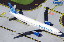 Load image into Gallery viewer, 1:400 GEMINI JETS UNITED B777-200 N210UA