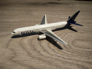 1:400 GEMINI ROYAL 757-200 C-GRYK