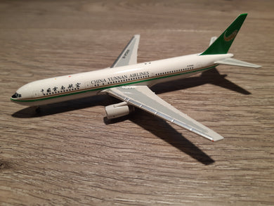 1:400 AEROCLASSICS CHINA YUNNAN AIRLINES B767-300 B-2568
