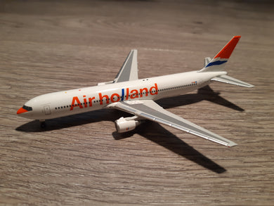 1:400 PHOENIX AIR HOLLAND B767-300 PH-AHY