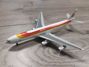 1:400 DRAGON IBERIA A340-300 EC-154